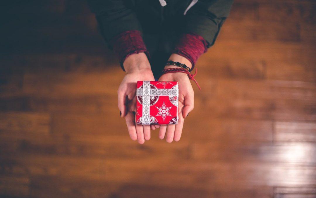 Période de fêtes : 5 petites attentions à adresser à votre intervenant(e)